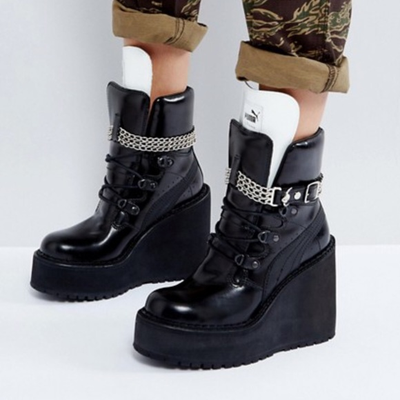 2b663565aa3 Puma x Fenty By Rihanna SB Wedge Boot platform. M 5c21d6c7aa5719000d1a9859